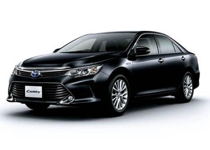 SkyRent предлагает на взять на прокат Toyota Camry 2.5 в Крыму
