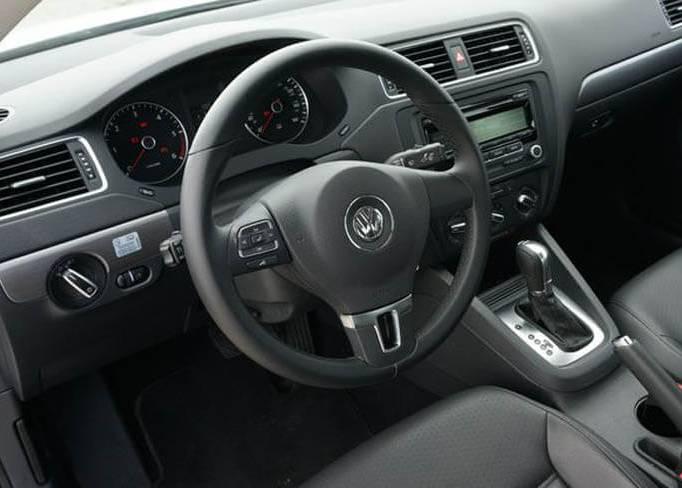 Аренда VW Jetta 1.6 в Симферополе